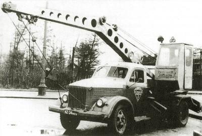 Строительный кран на базе ГАЗ-51