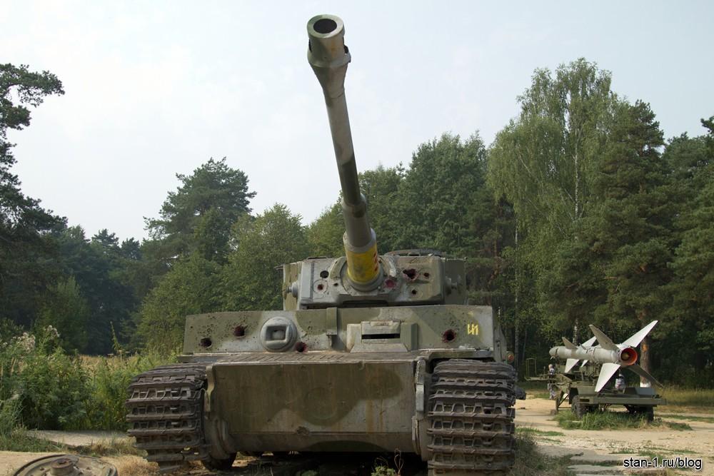 Гусеницы танка тигр имеют ширину 72 см