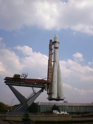 Ракета Р-7 на ВДНХ, 2010 год